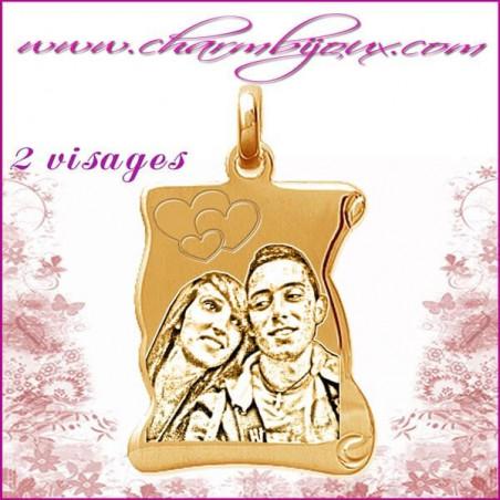 Parchemin plat en Plaque or 18 carats - pendentif Gravure PHOTO